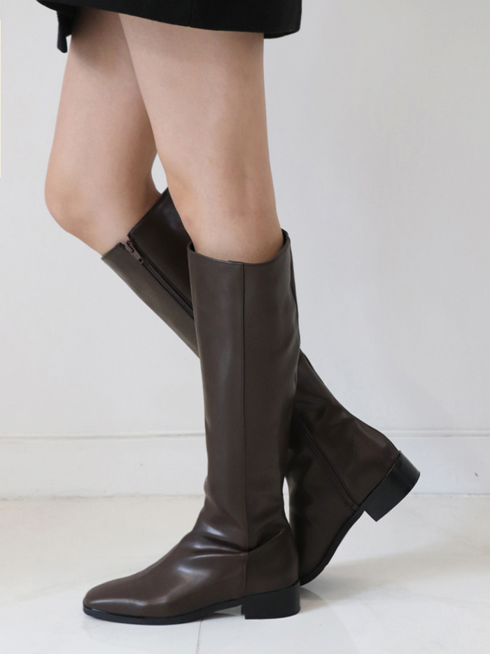 Square Shape Long Boots