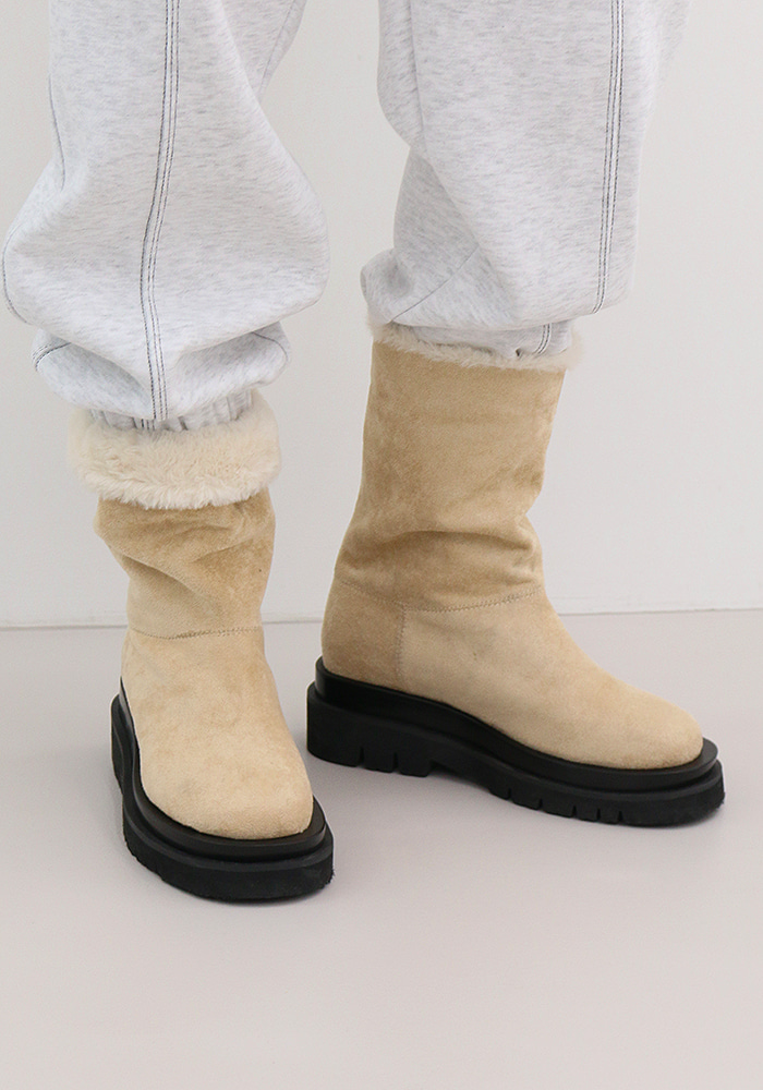 Suede Ugg Boots (4 colors)