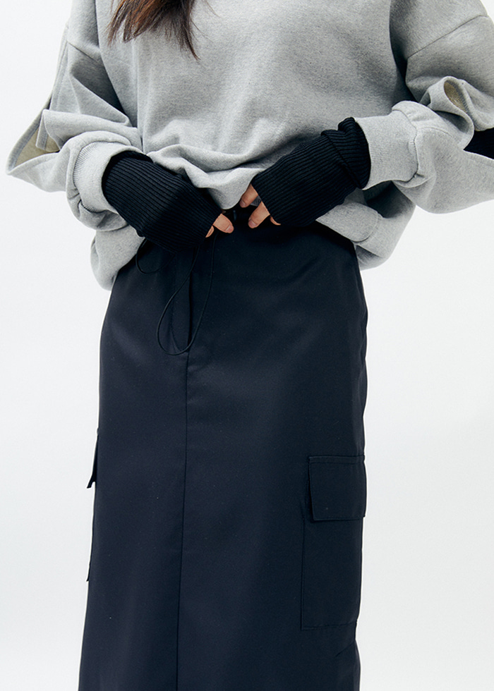Silky Cargo Skirt (black)