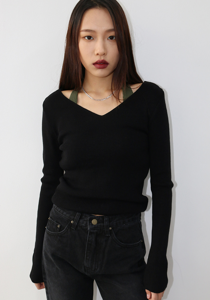 Modern V-neck Knit (2 colors)