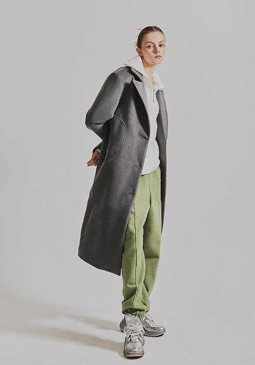 L.e.e.y Peaked Hall Slim Long Coat (2 colors)