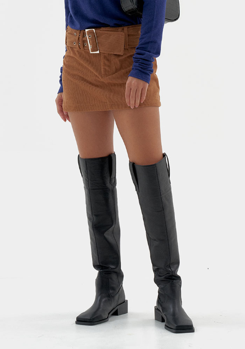 Square Toe Knee-high Boots (2 colors)